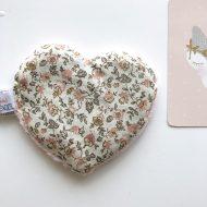 bouillotte coeur rose face romantique
